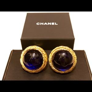 💯Authentic Chanel Clip On Earrings